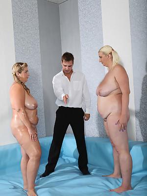 Two luscious FATTIES Mira & Monika fight in the ring